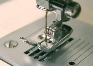 czesci do maszyn do szycia 300x214 - Części do maszyn do szycia