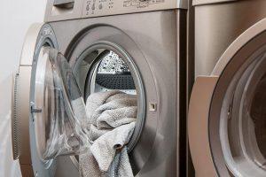 washing machine 2668472 640 300x200 - Silniki do sprzętów AGD (Silnik do odkurzacza, silnik do pralki)