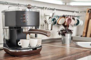 co robic gdy ekspres do kawy pracuje zbyt glosno 300x200 - Co robić, gdy ekspres do kawy pracuje zbyt głośno?